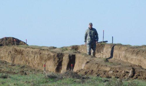 Раскоп кургана в Счастливцево