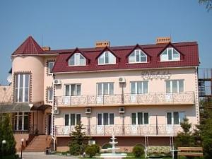 Трехзвездочный отель Орхидея в Геническе